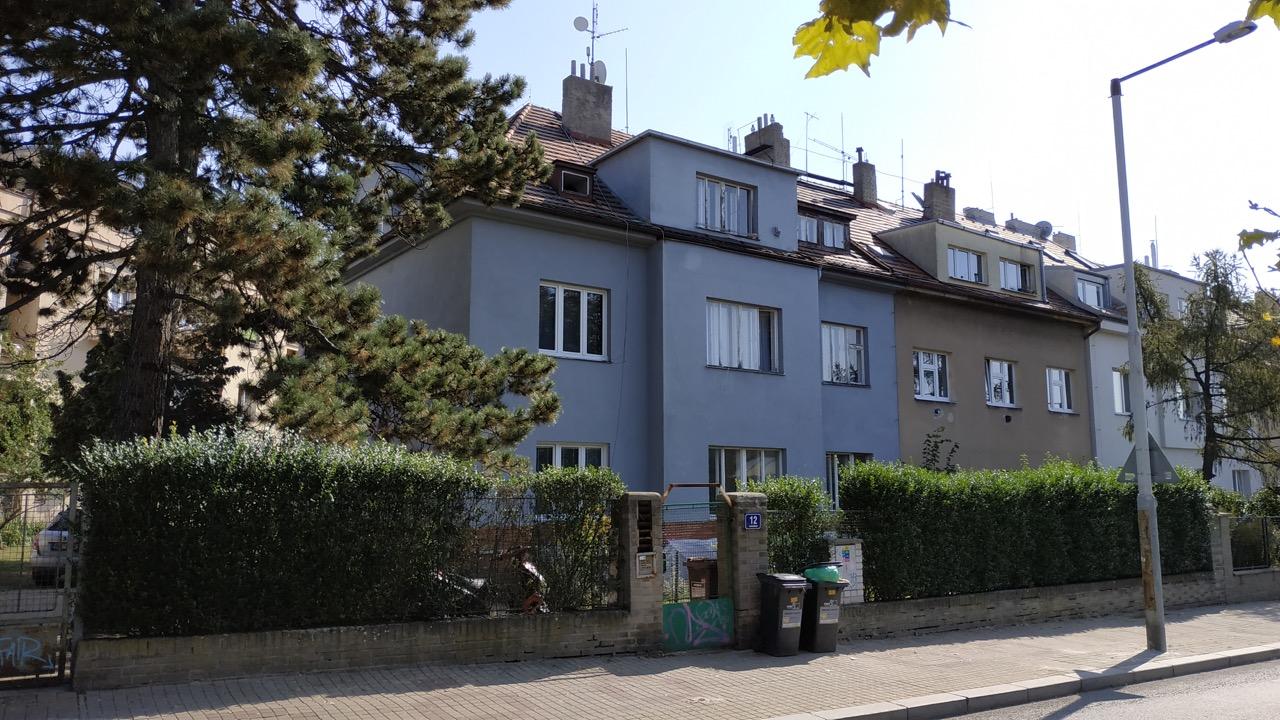 Podkrovní byt s půdou